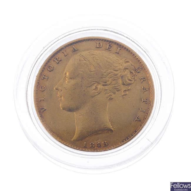 Victoria, Sovereign 1848, rev. shield (S 3852C).