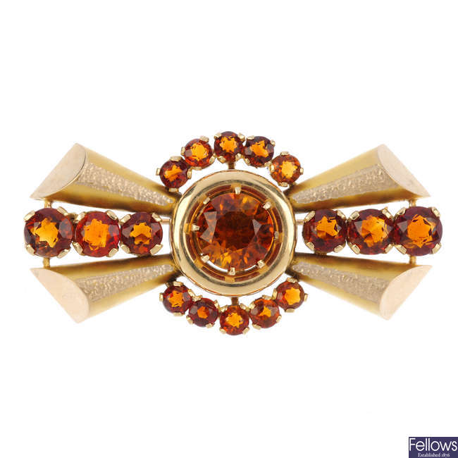 A 1950s 9ct gold citrine brooch.