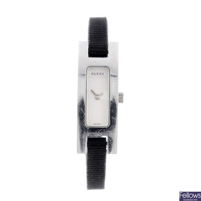 GUCCI - a lady's stainless steel 3900L wrist watch.