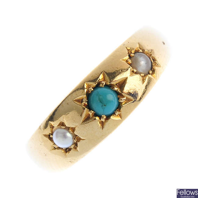 An Edwardian 18ct gold turquoise and split pearl three-stone ring.