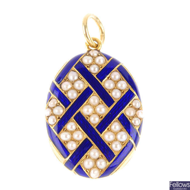 A late Victorian gold, enamel and split pearl memorial pendant.